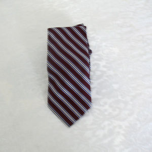 Hensley's  Big and Tall Outfitters Necktie.